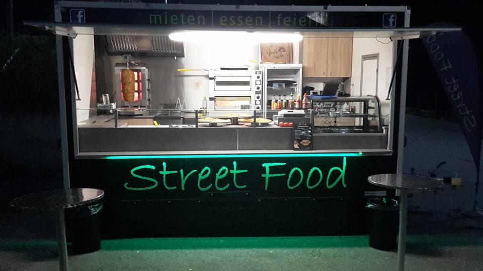 Marco Streetfood - Foodtruck bei Nacht